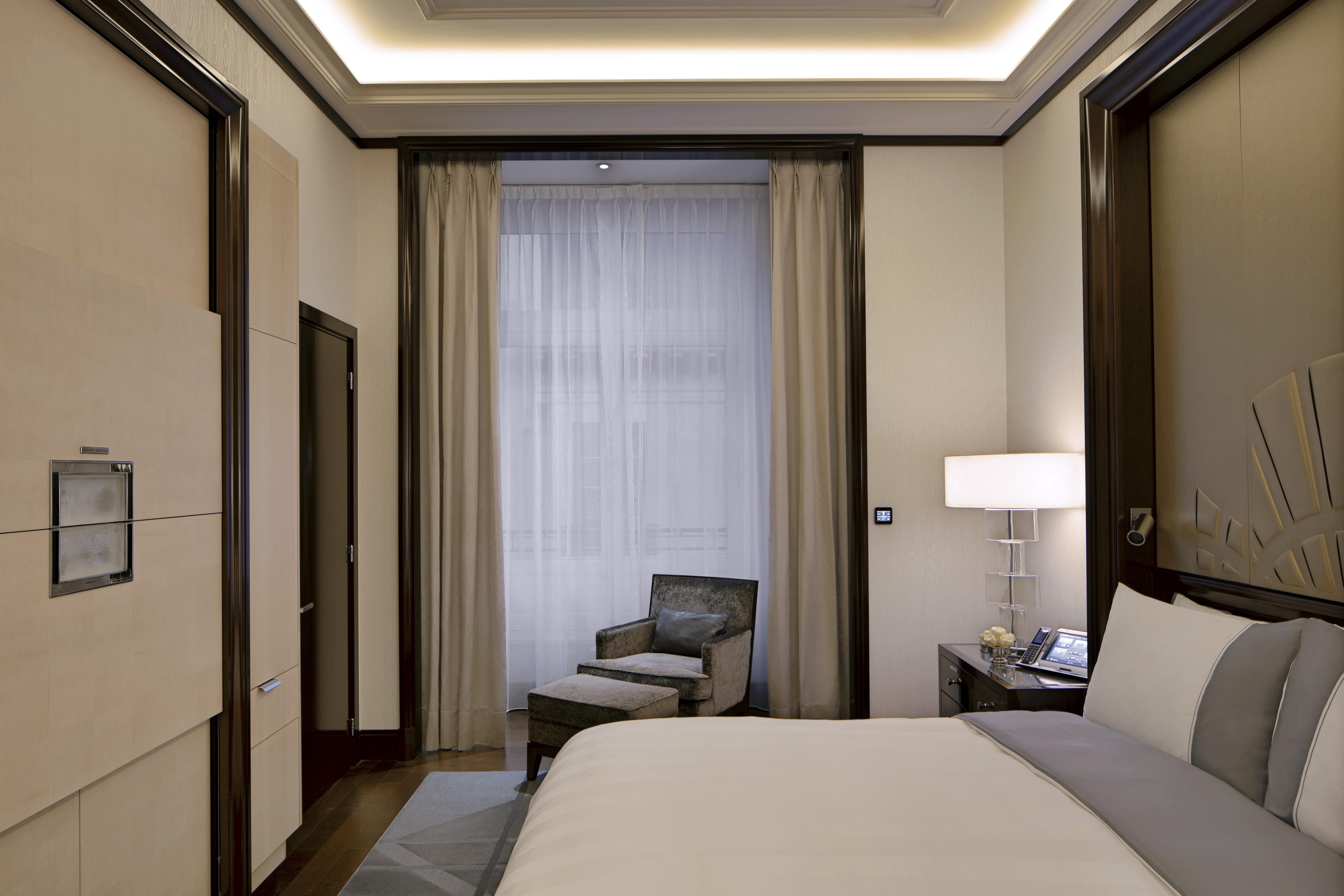 HOTEL PENINSULA 5***** PARIS